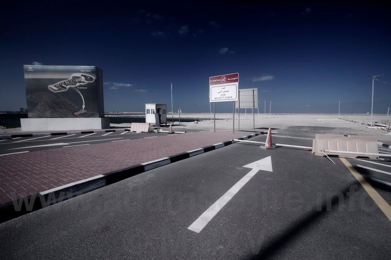 """Road Nº4 from the series """"Roads to Nowhere"""" — Dubai and the global financial crisis (GFC)."""