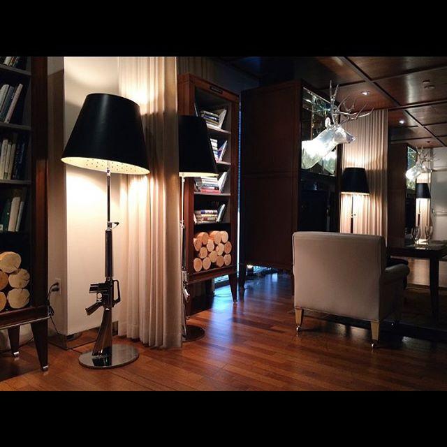 We're currently adoring the interior design @SLSBeverlyHills #travel #RPBLQ #SCHL #socalhomesandliving