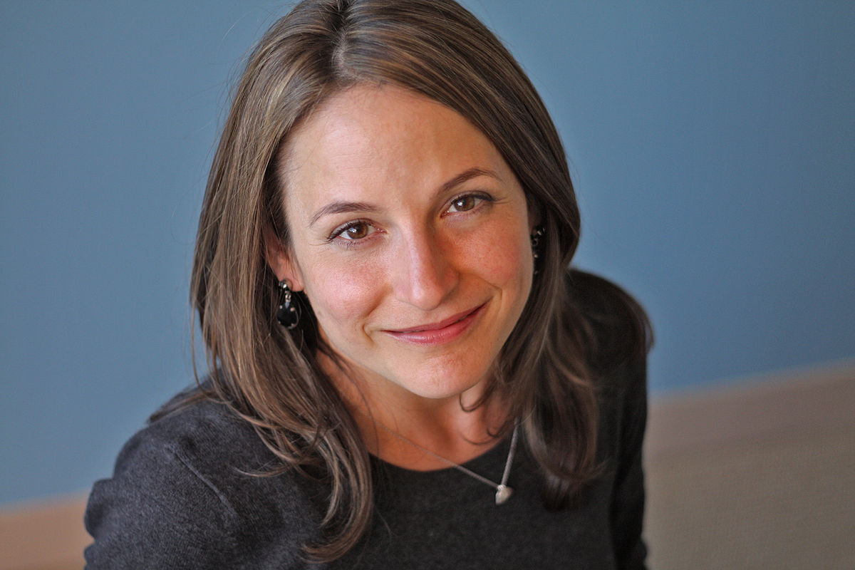 Karen Russel - is an American novelist and short story writer. Her debut novel, Swamplandia!, was a finalist for the 2012 Pulitzer Prize for Fiction.