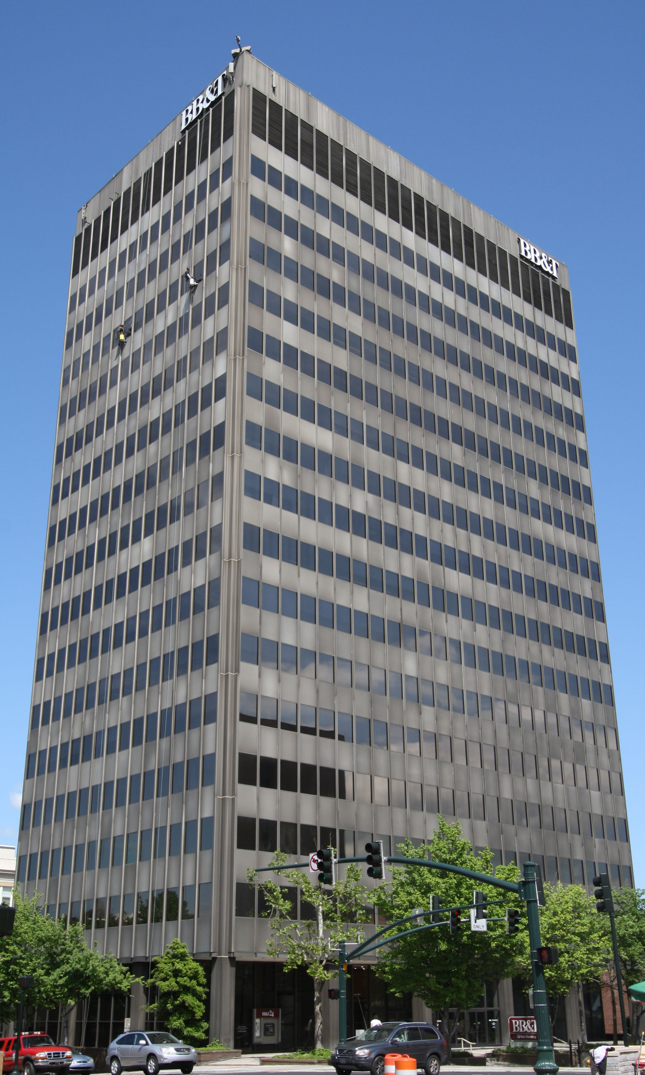 BB&T Building - Asheville, NC - Built in 1965 - 18 Stories - International Style - Commercial Office Use