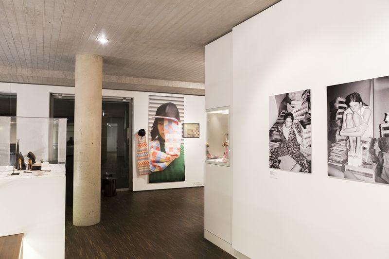 03_High_Ress_20171129_LB_Ausstellungseröffnung_Reportage_Fashion_Objects_Concepts_&_Visions_Edit (16 von 75).jpg