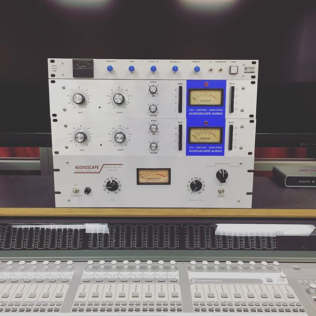 Glad to now have these awesome compressors in our recording lab @ Northeast State! @audioscapeaudio #la2a #1176 #compression #studio #recording #mixing #mastering #audio #tn #northeaststate #tennessee #johnsoncity #studioflow #studiolife