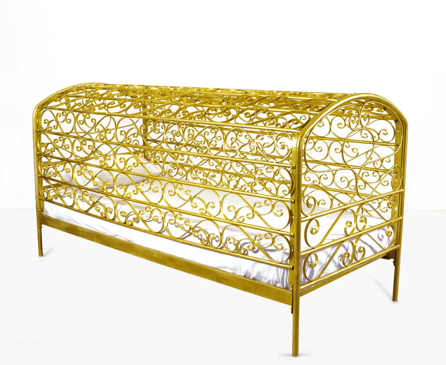Maro Michalakakos   Allerleirauh   Metal frame, mattress, cotton sheets, pillow  81x43x36 inches