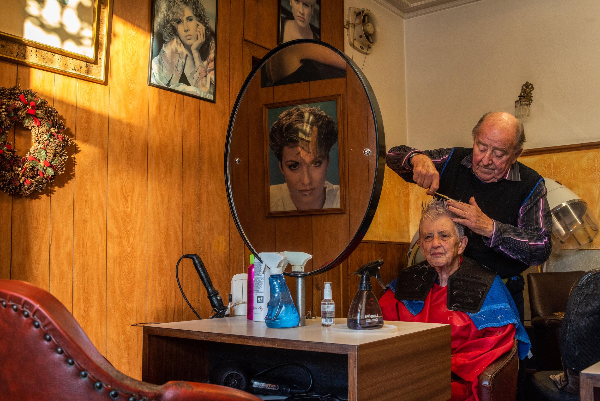 60s Haircut, 2018