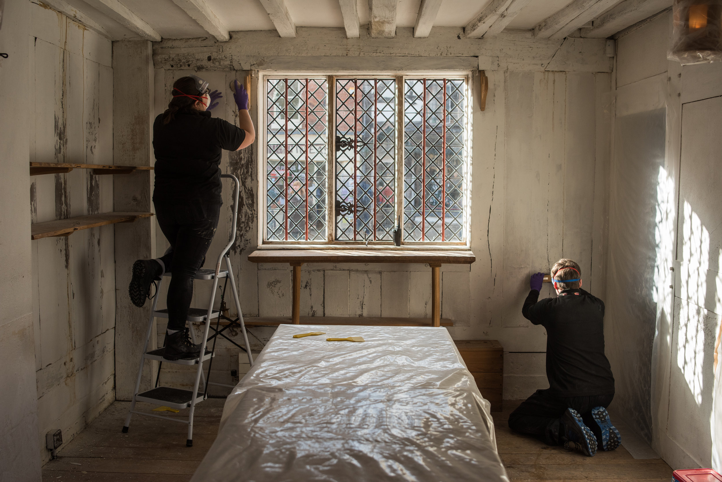 Conservation Team Working On Shakespeare's Birthplace Walls, 2018