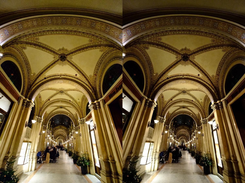 Links: JPEG aus RAW mit LR; Rechts: JPEG direkt aus Kamera; Fuji X-Pro 1 mit XF 10-24mm @ 10mm; 1/50sec; F/4.0; ISO 6400