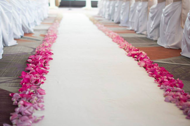 ombre petals on the aisle.jpg