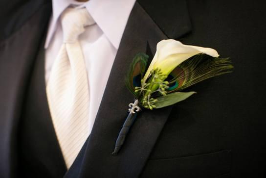 9-peacock-theme-wedding-boutonniere.jpg