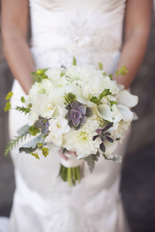 White succulent bouquet.jpg