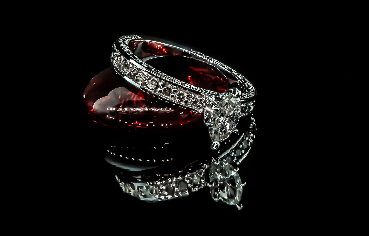 final black and red mandy ring photos (1 of 1).JPG