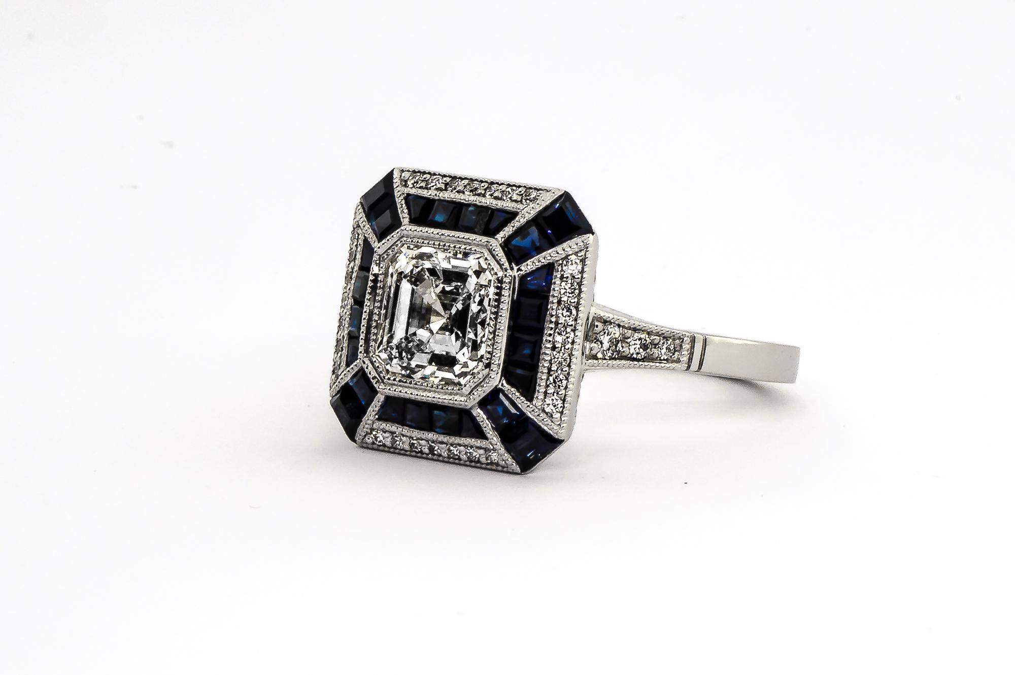 sapphire ring-2.jpg