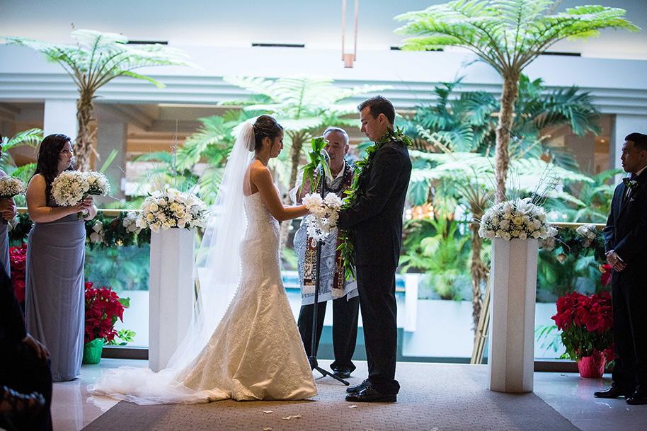 Koolau-Ballrooms-Wedding-041116-23.jpg