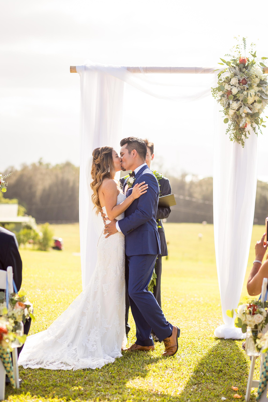 Beautiful Hawaii Wedding At Sunset Ranch