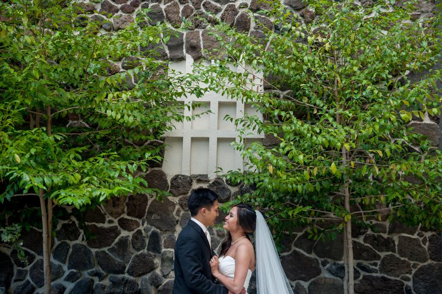 Beautiful Hawaii Wedding At Halekulani