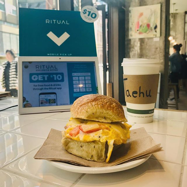 Happy Eats Week Toronto! $1.00 Loretta Lynn, BLT and Grilled Cheese when you order through @ritual_co and pay with Apple Pay . . . #coffeepublic #food #egg #sandwich #breakfast #lunch #coffee #cafe #eat #healthyfood #health #farmtotable #city #citylife #toronto #torontofood #uoft #spring #love #life #ritual #applepay