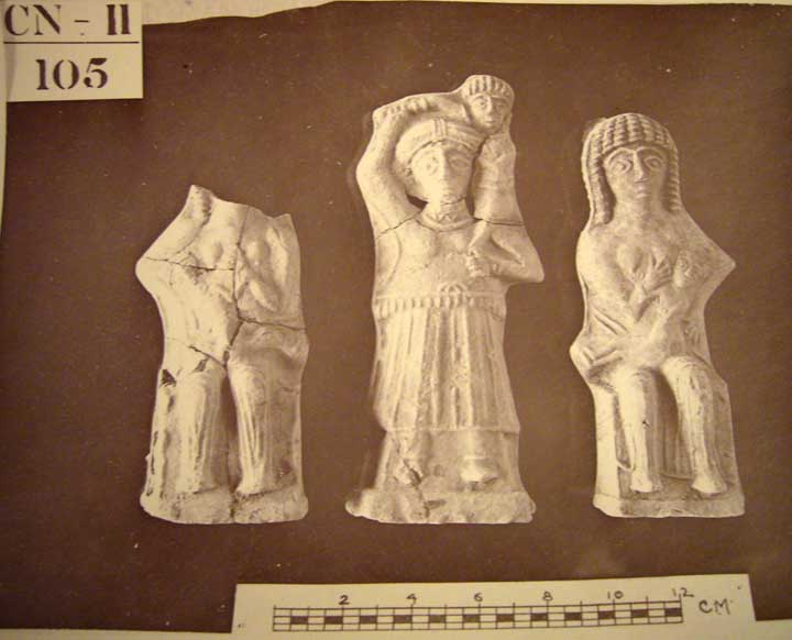 Figurines from Tomb 105