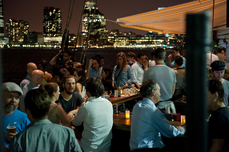 Grand_Banks_Media_Kit_2015_Cocktail_Bar_Night_CREDIT-Liz-Clayman.jpg
