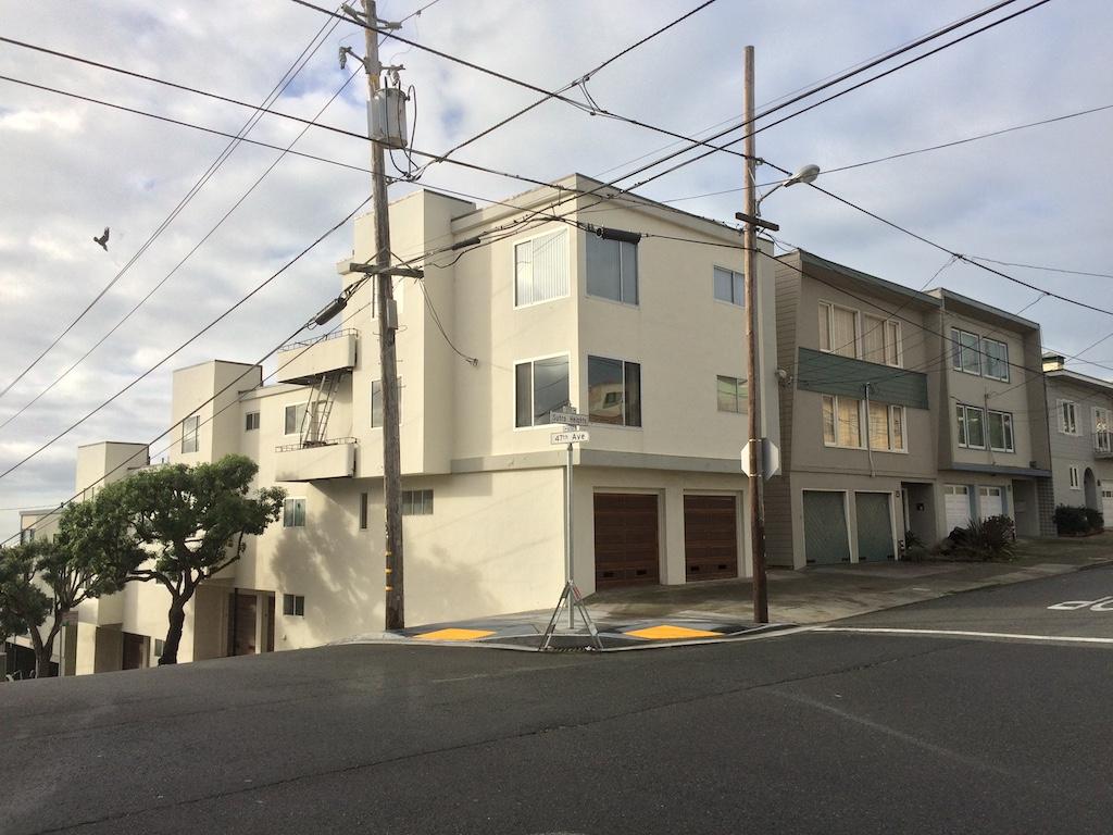 San Francisco,CA Apartment Building