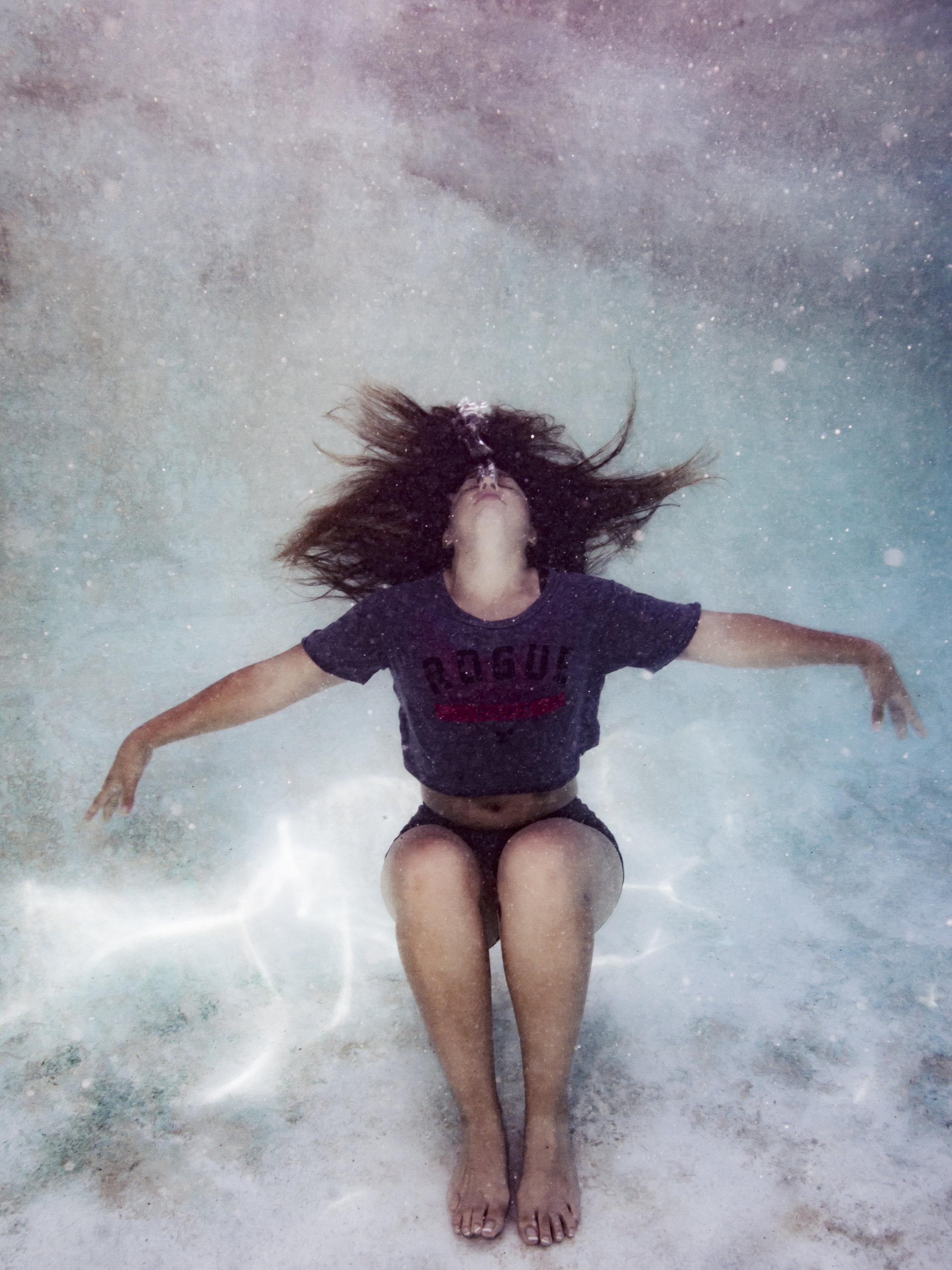 Pam Underwater-3.jpg