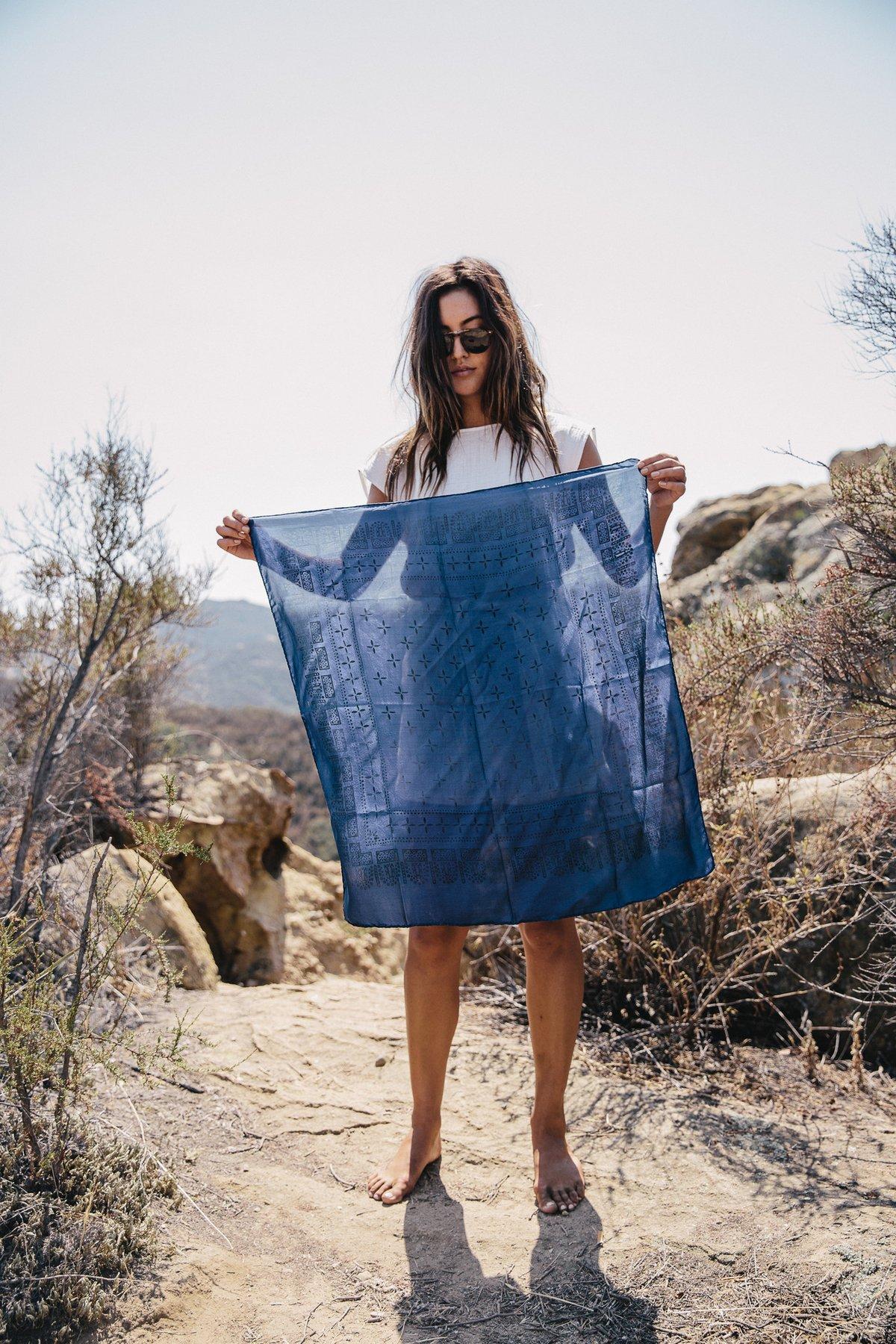 Silk bandana |ozma of California