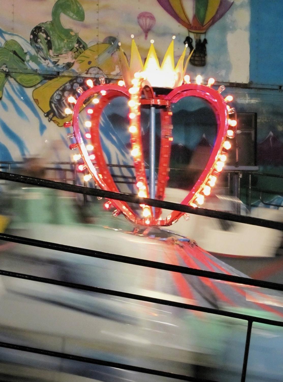gigi reinette - carnival paradise amusements himalaya ride heart