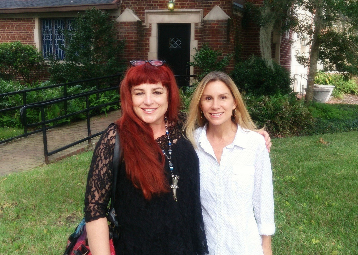 Artist friends Caroline Daley & Gigi Reinette