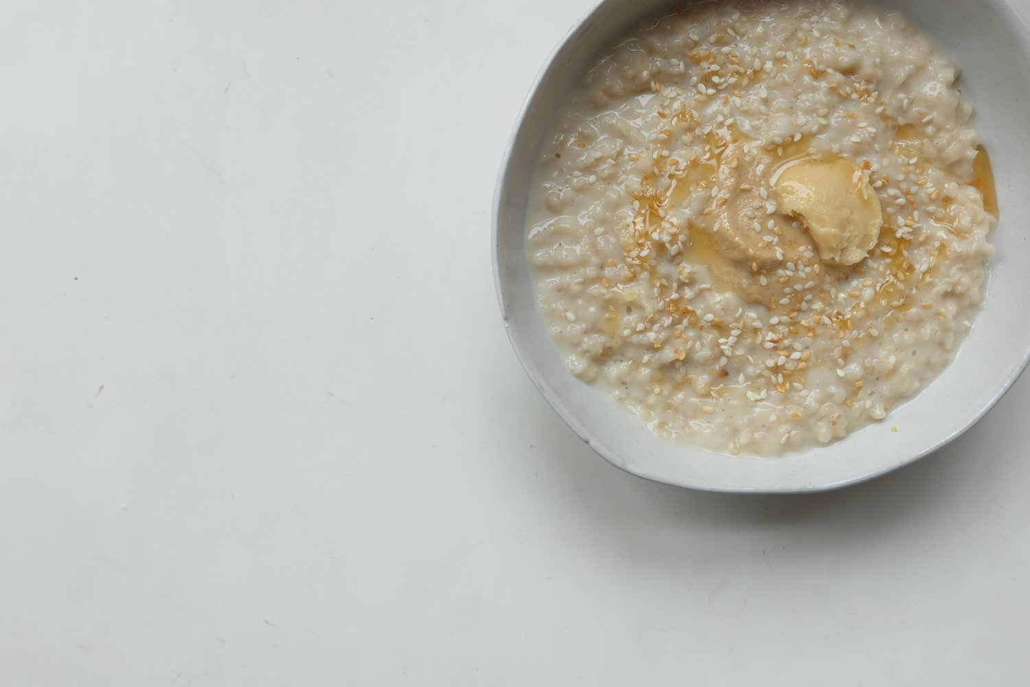 Double Oat Porridge with Sesame Oil, Sesame Seeds and White Miso