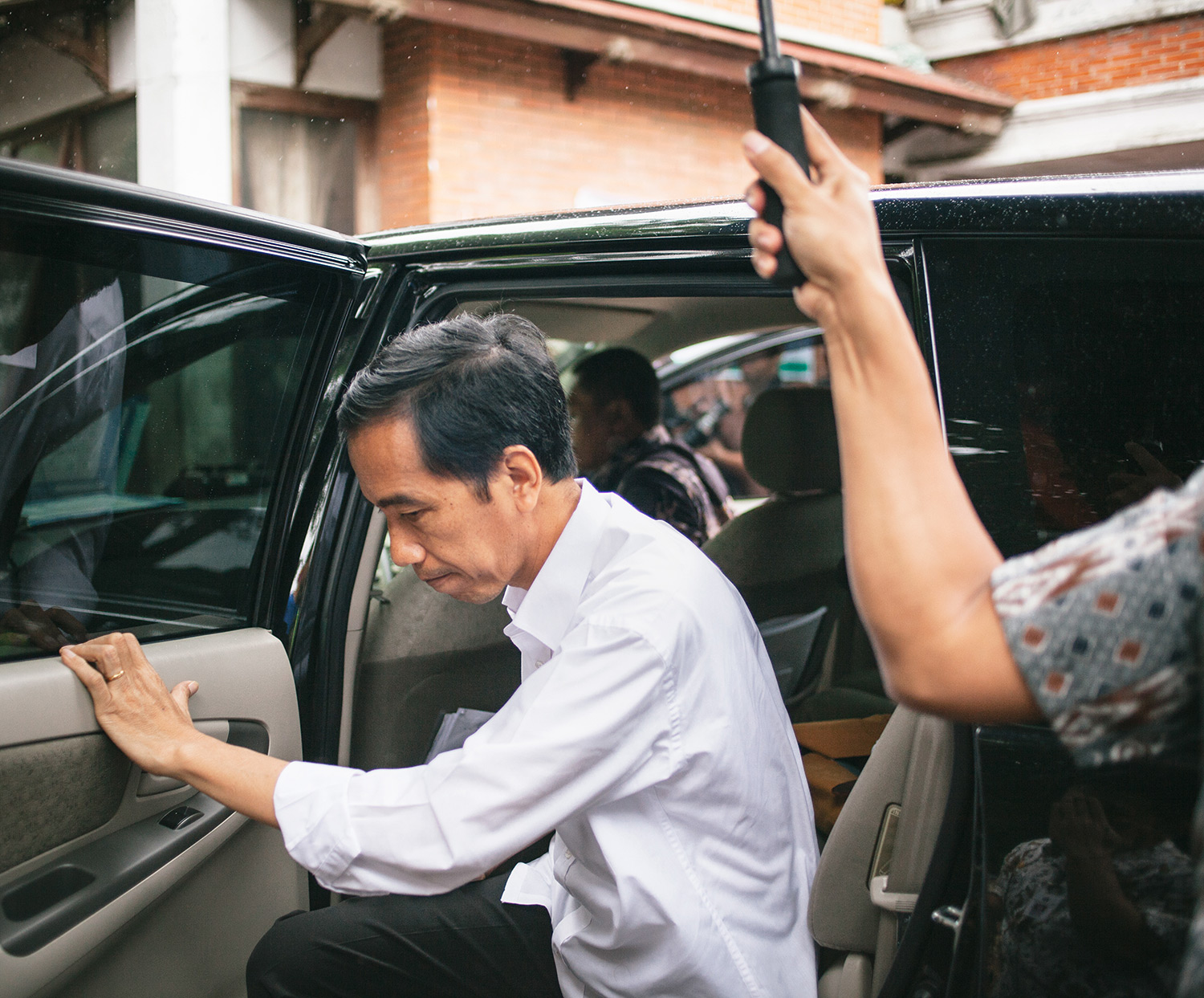 Joko Widodo during an inspection in West Jakarta.