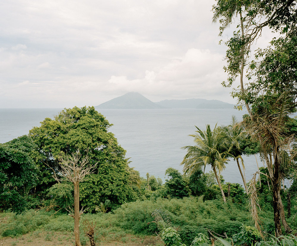 View of the main part of Banda Islands from the outlying Ay Island. Before the coming of Europeans, Banda was regularly visited by Arab, Chinese, Indian, and Malay traders looking for nutmeg.