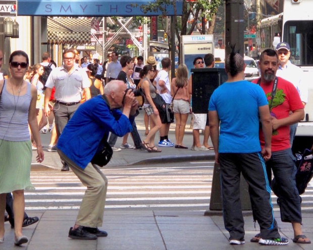"""Steven Lane, a New York Times reader, took a photo of Bill Cunningham on the streets of New York City. """"He was able to eschew the snobbery and nonsense, and distill fashion down to the essence of true personal style for all of us,"""" Mr. Lane wrote. Photo: Steven Lane"""