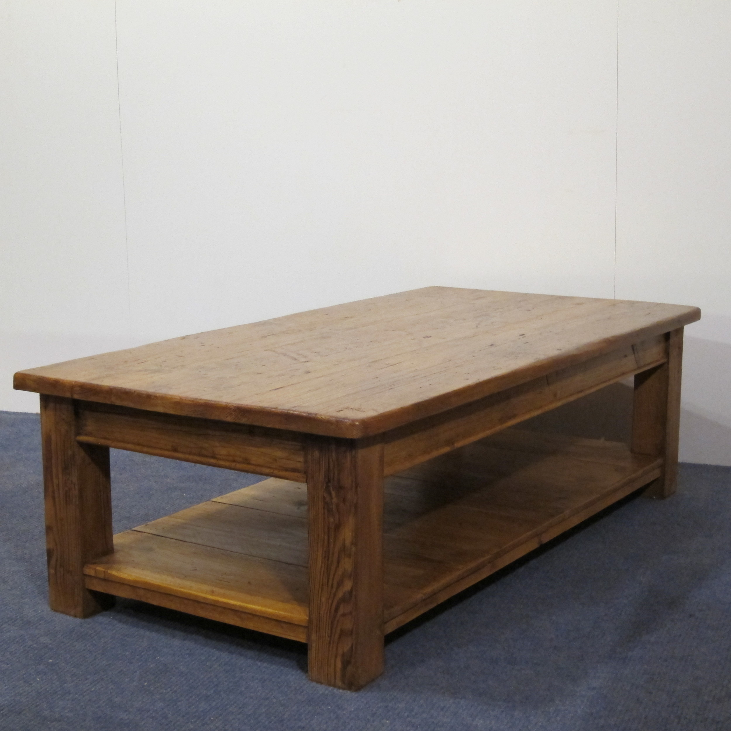 Coffee table made to measure