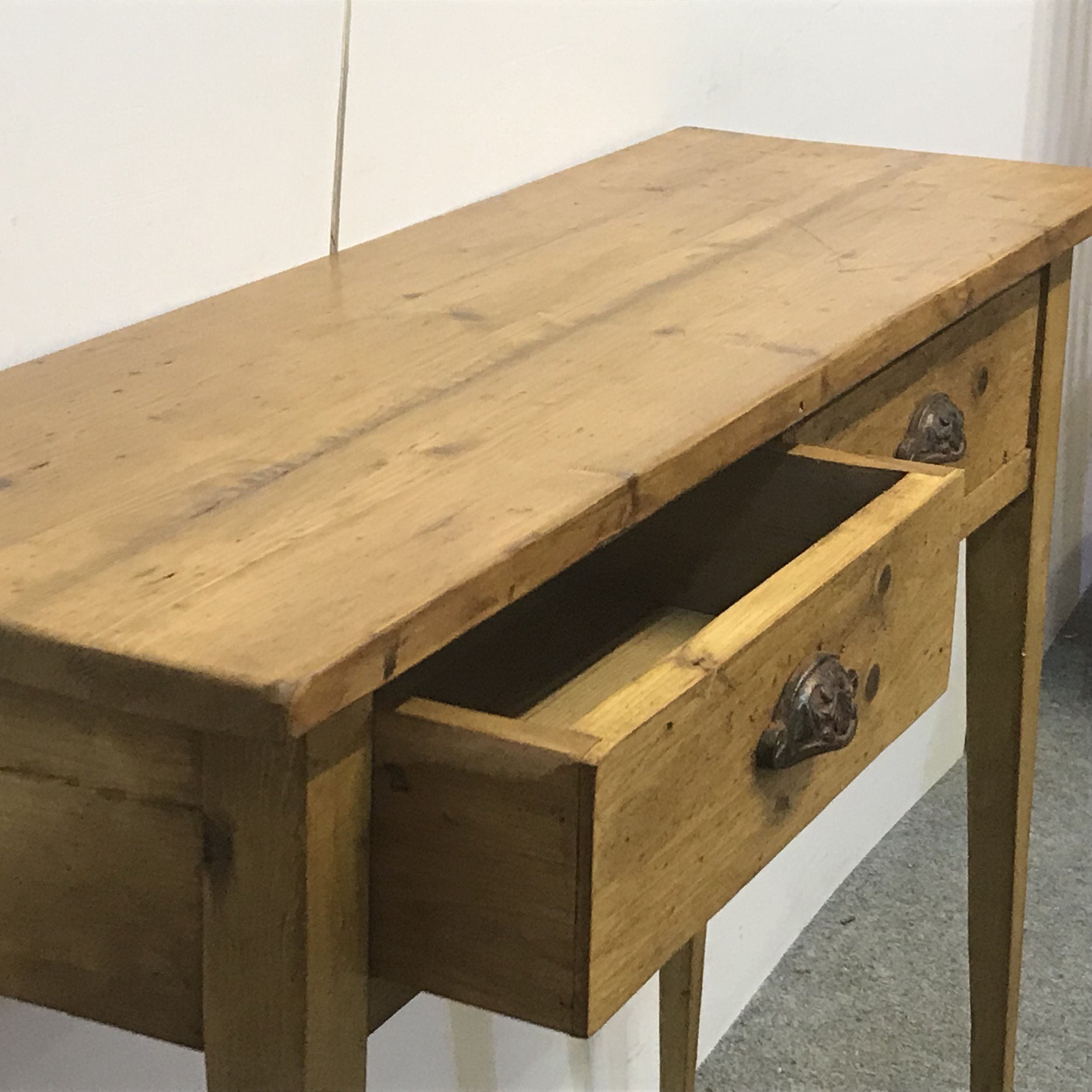 Pine Console table with 2 drawers