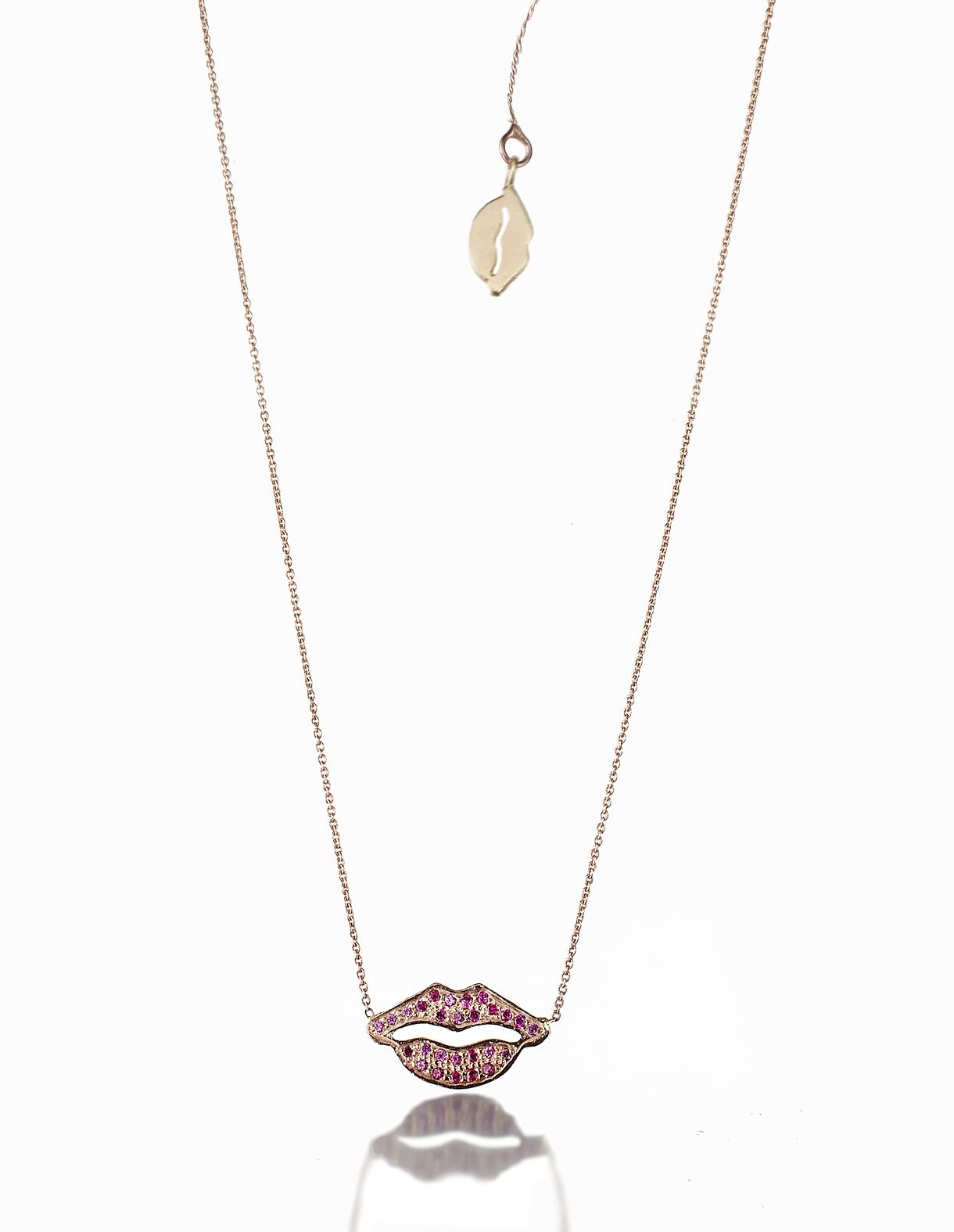 C 1f red lips+2nd lip 17455.jpg