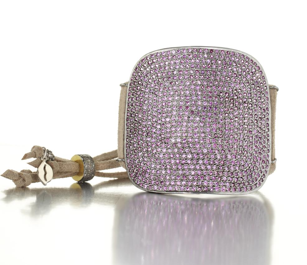 Crpd. small bracelet 17891 copy.jpg