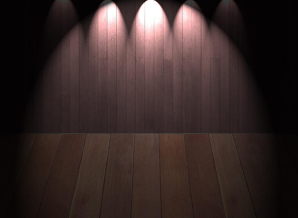 stage-233086_960_720.jpg