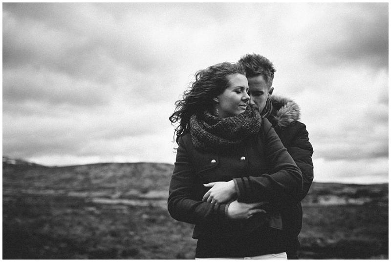 wedding-love-photographer-glencoe-wind