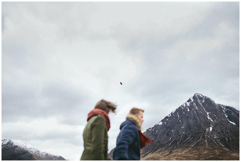 glencoe-path-scotland-love-couple