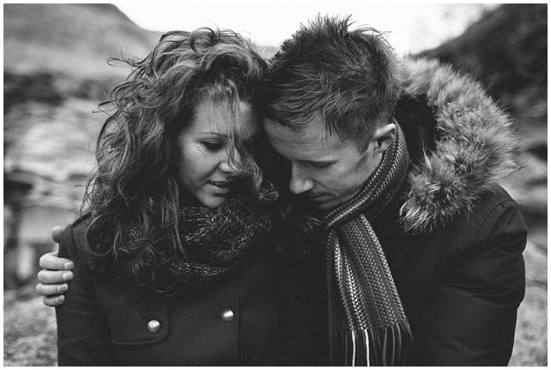 couple-love-destination-wedding-photographer-glencoe