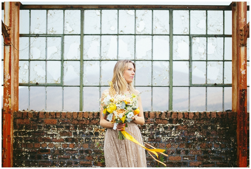 floral-menagerie-session-storytelling-wedding