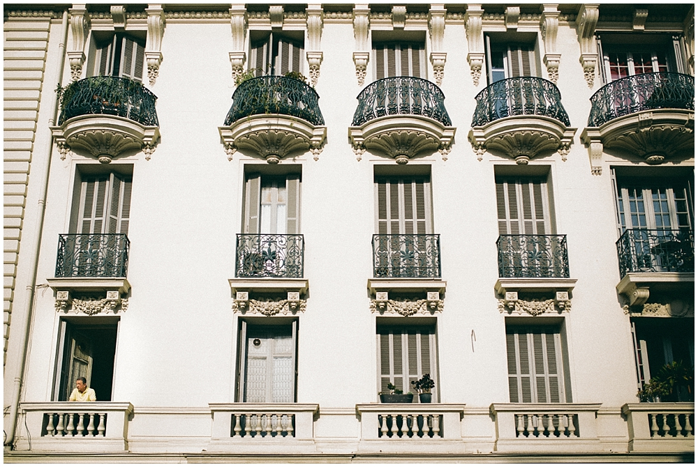 street-photography-nice-vieux-windows
