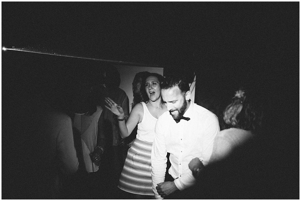 party-time-dance-wedding-montmeyan-domaine-roquette