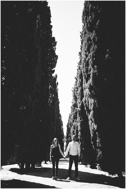 jardin-plantes-montpellier-france-couple-session-love