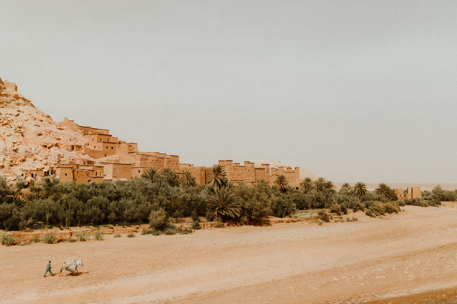 ben-ait-haddou-mountain-gladiator-love-session-village