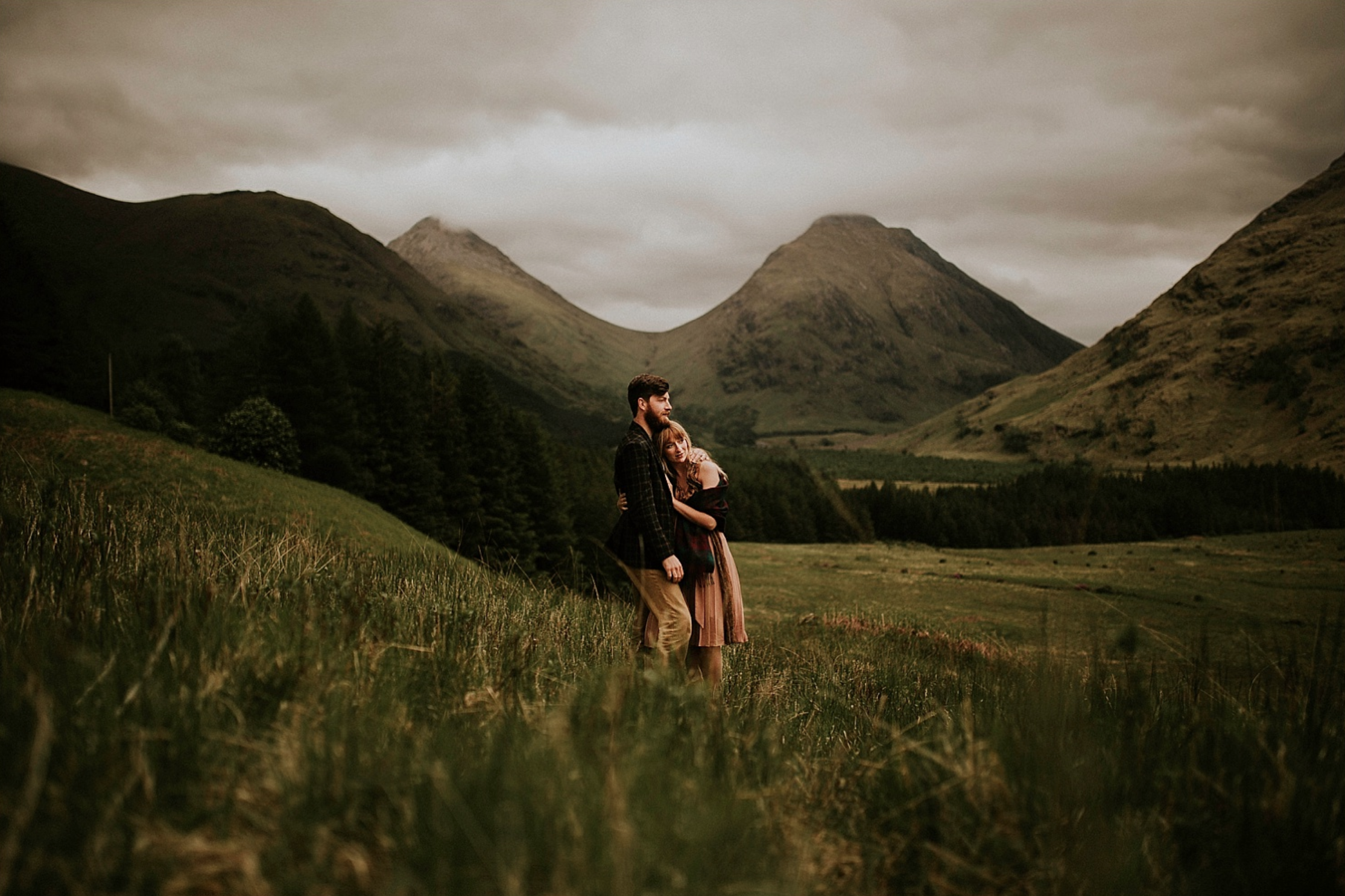 IN THE MIDDLE OF THE HILLS - GLENCOE