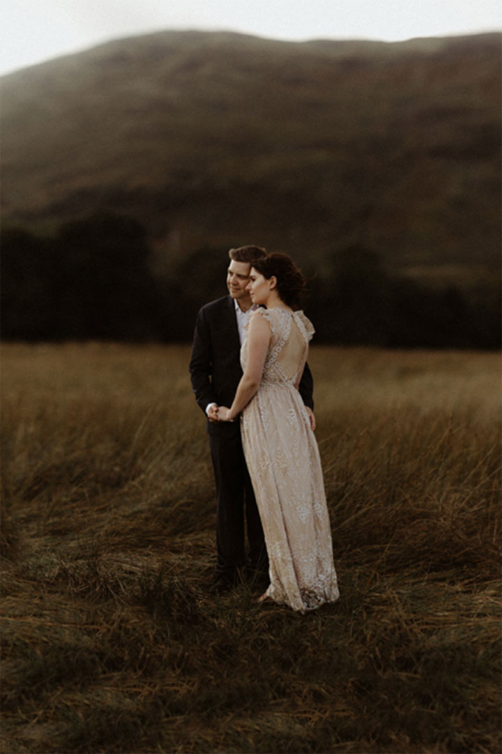 love-session-elopement-discreet.jpg