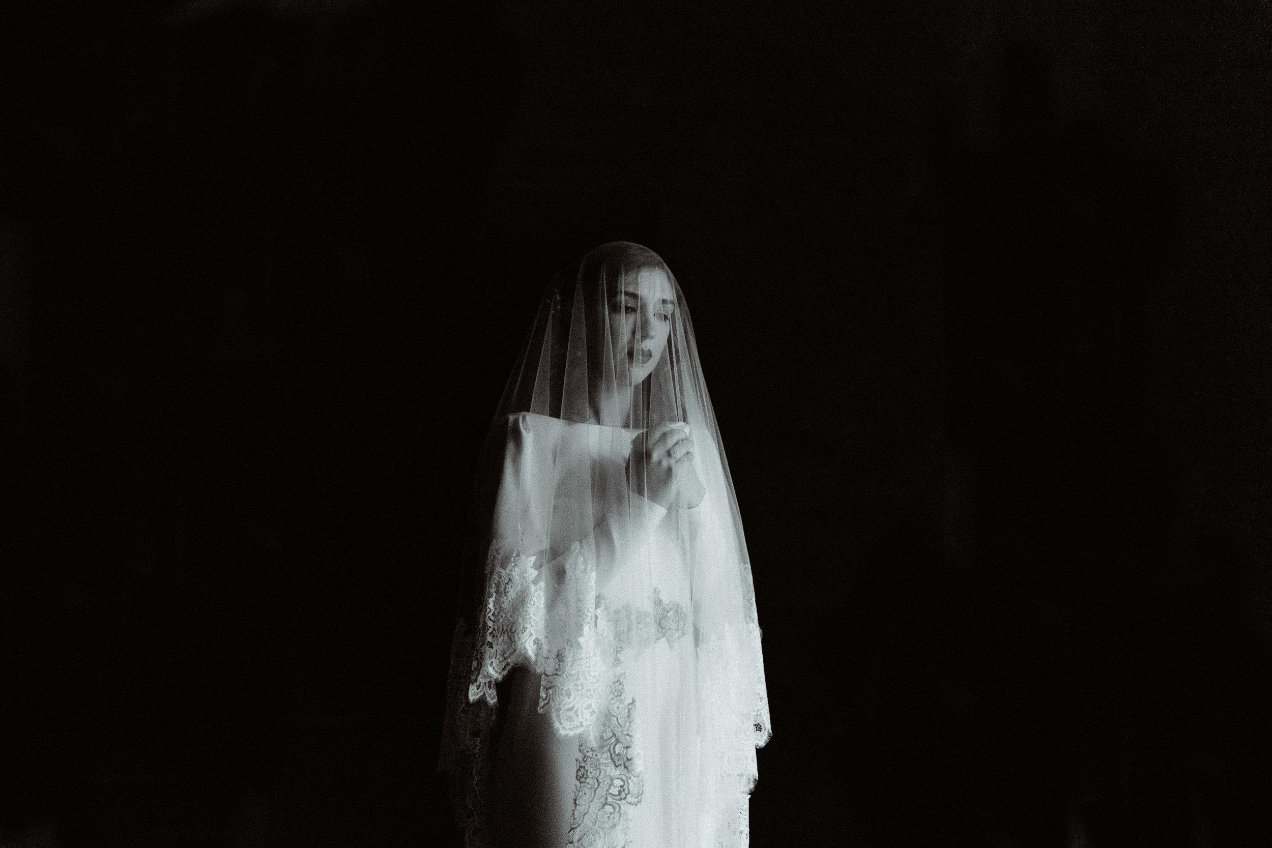 bride-portrait-porto-veil