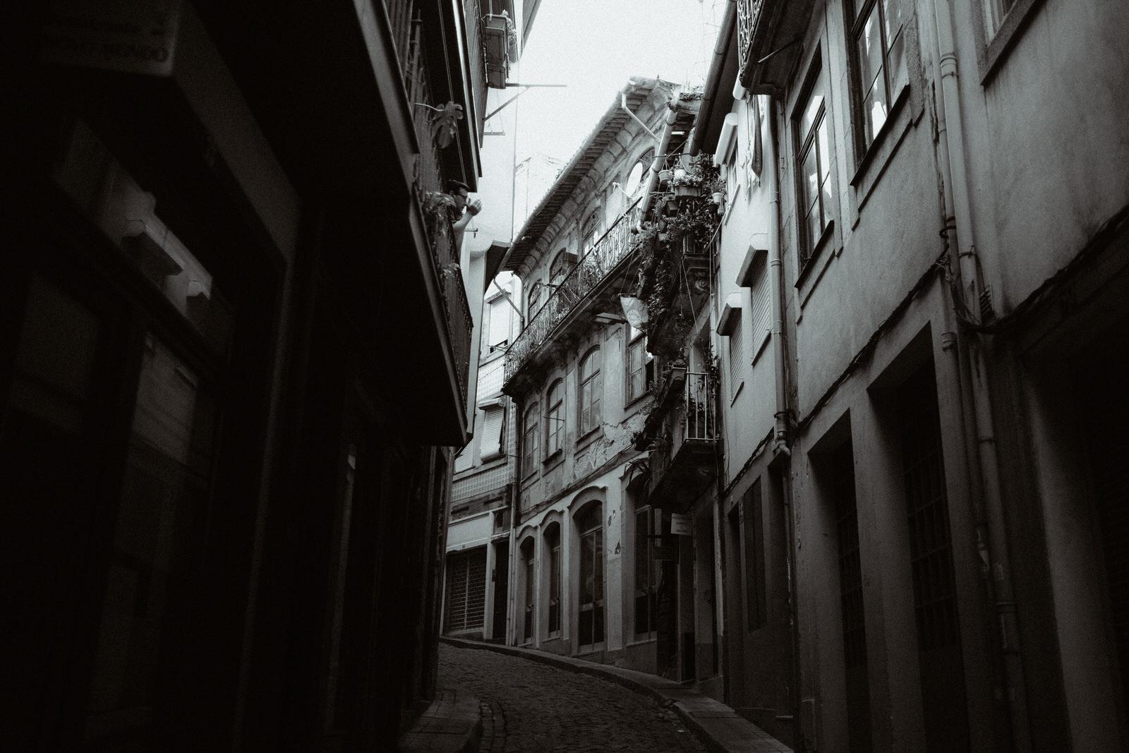 porto-street-love-session