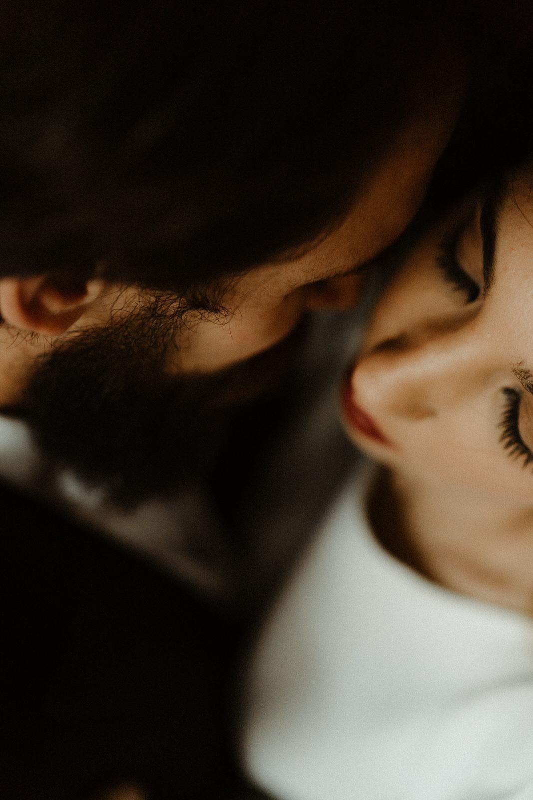 close-up-couple-details-love-inspiration
