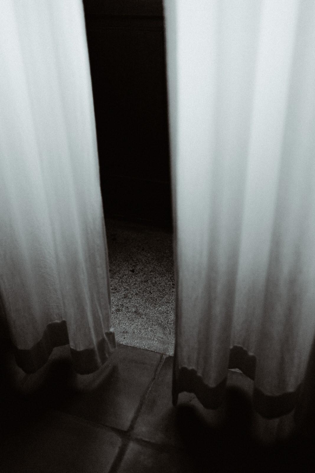 details-love-light-blind-castelo