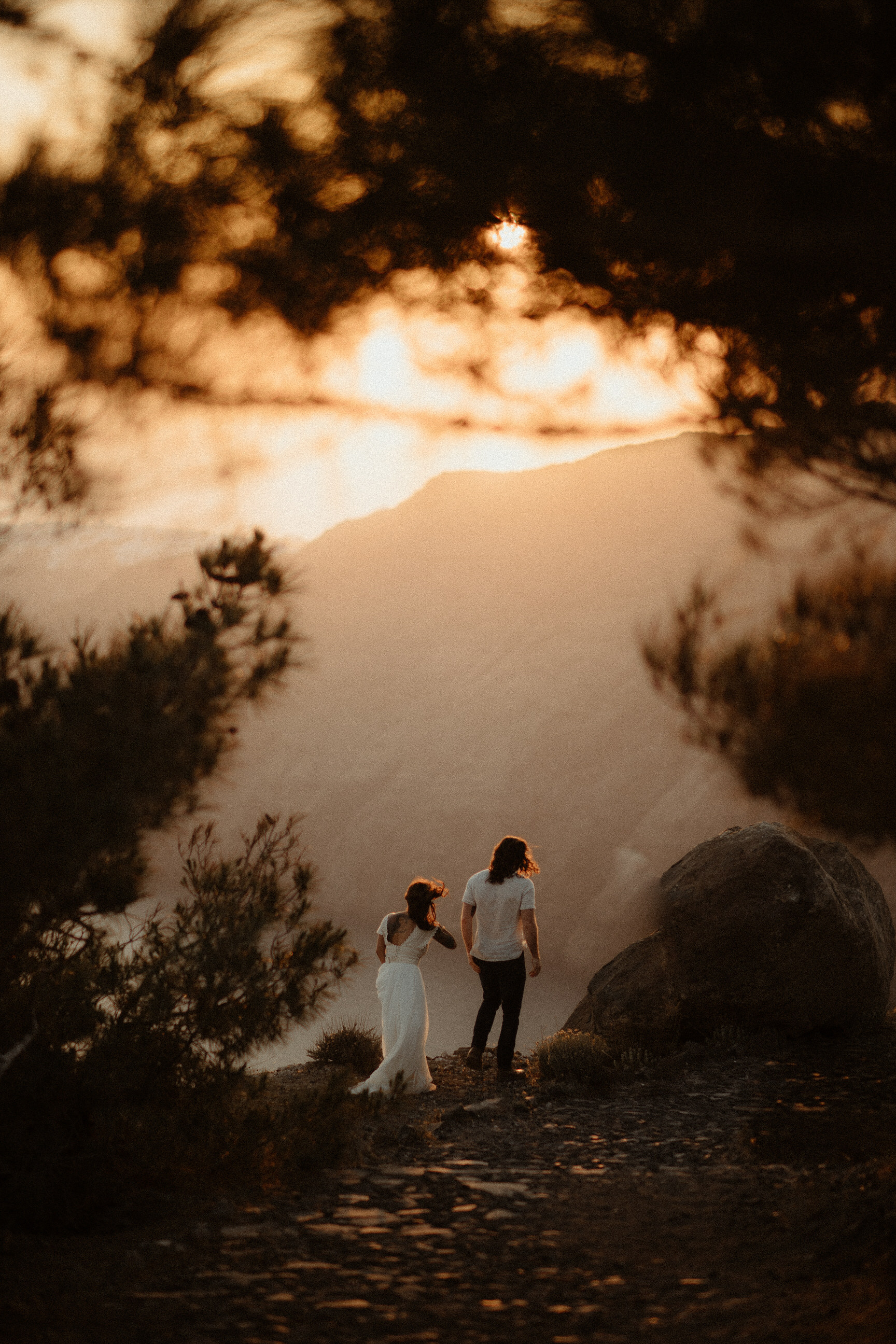 couple-love-session-elopement-greece